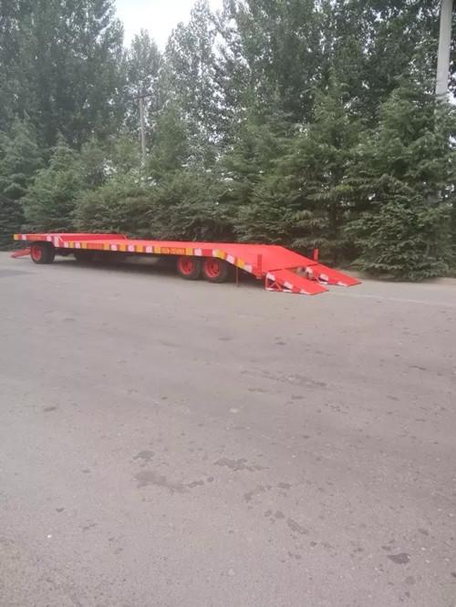 新款常用拖车