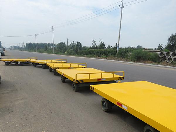 潍坊低平板拖车