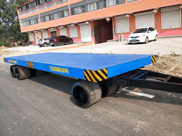 潍坊10T平板拖车