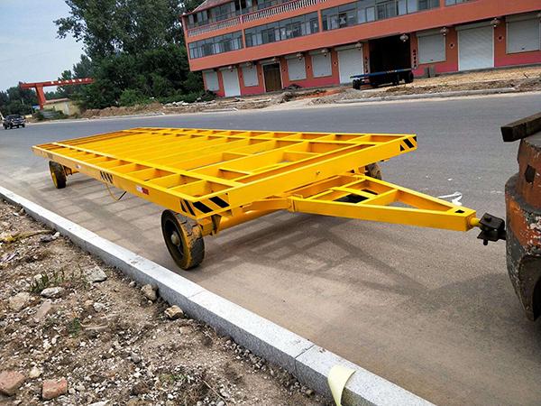 潍坊20T重型平板拖车